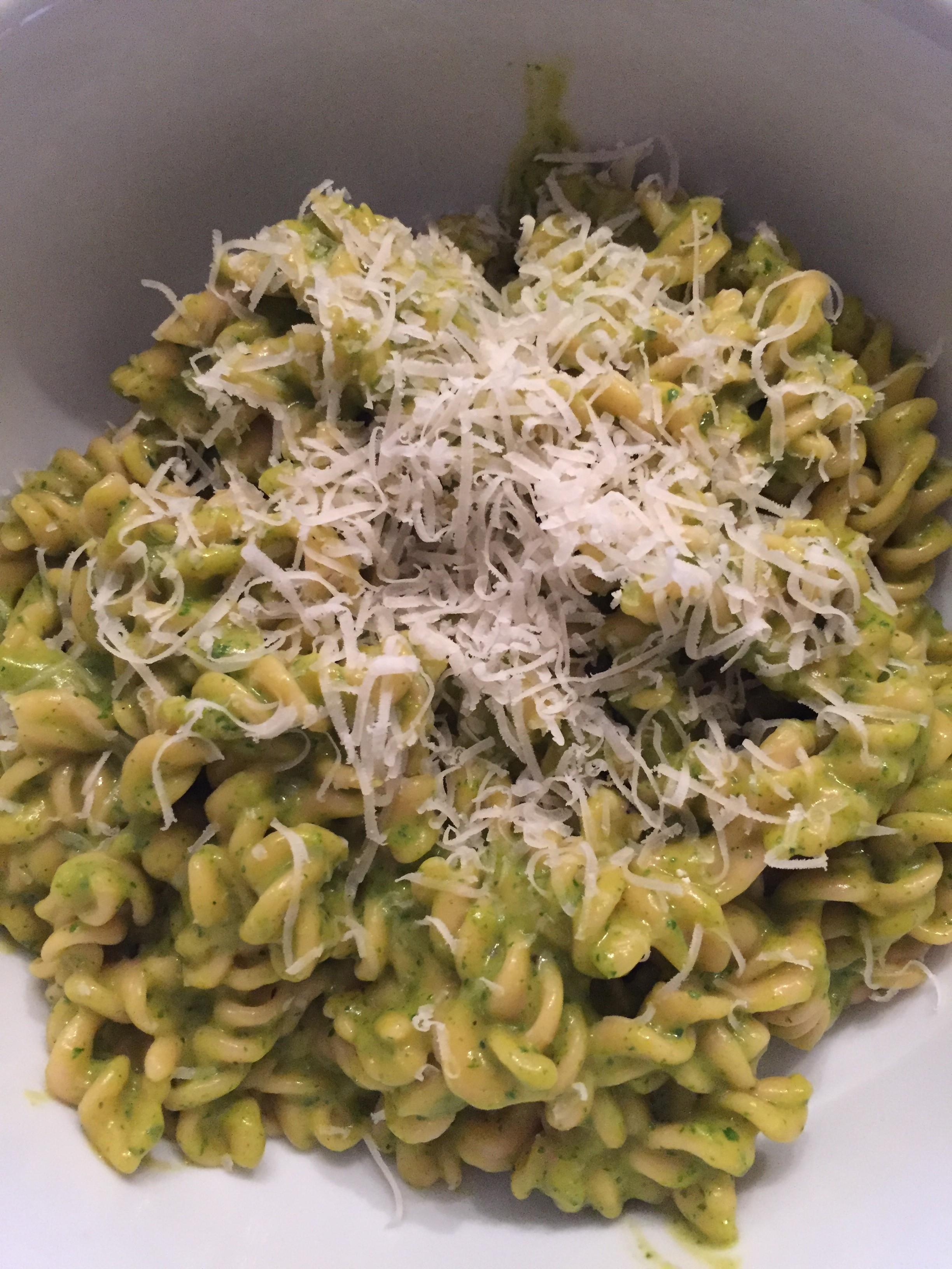 Sweet Green Alfredo Pasta